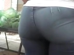 Round chubby ass woman