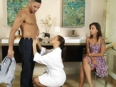 Karter Foxx & Sophia Grace & Damon Dice in Performance Review - NuruMassage