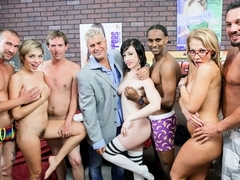 Jennifer White, Lia Lor, Nikki Sexx, Porno Dan in Lucky Fans Showered with Pussy Juice Video