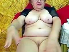 Real Granny in the livecam R20