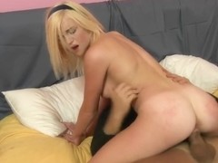 18 yo Lacey Leveah gets hardcored
