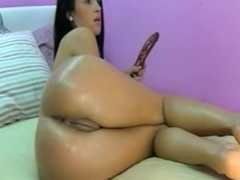 Toying her tight anal opening and love tunnel