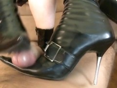 Double shoejob cumshots
