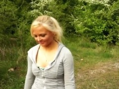 Exhibitionist blonde shows itts out on trail