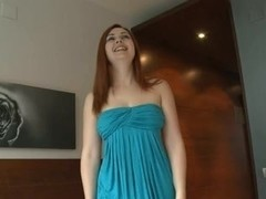 Redhead Playgirl Gives Oral-Stimulation