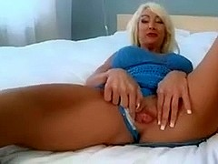 blonde milf wants it hard and juvenile