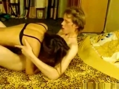 Nerdy guy makes a sextape with his smoking hot gf
