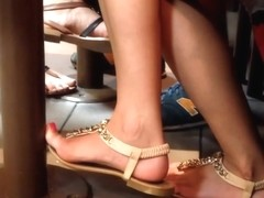 Candid Sexy Teen Feet Painted Toes
