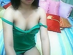 Pretty asian show pussy