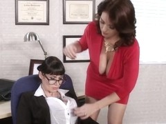 Milfs Like it Big: A MILF Role Model. Charlee Chase, Eva Karera, Clover