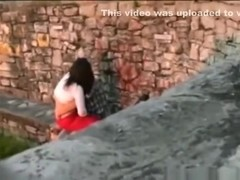 Voyeur tapes a girl dryhumping and jerking off her bf in public