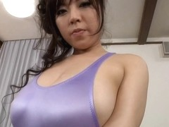 Yoga Instr Big Plump 01