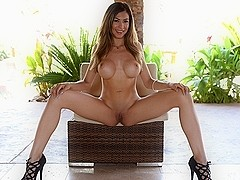 Heather Vahn in Home for Lunch Video