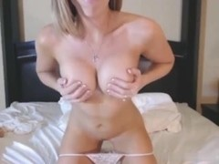 girl with glasse toying 65