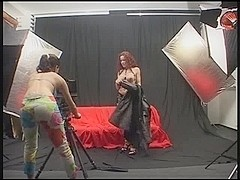 Two shemales have fuck after photo session