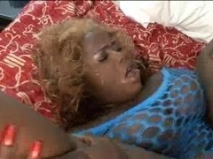 Horny ugly black chick fucked in her fat pussy
