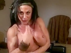 FEMALE BODY BUILDER TEASES AND ENCOURAGES YOU TO JACK