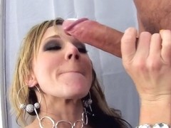 Milky ass of horny Nikki Sexx gets a huge cock download!