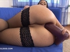 Sweetheart fucking her rectal hole with 2 brutal dildos