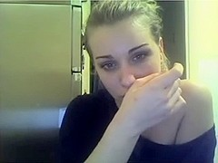 18 year old janni on webcam