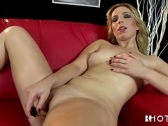 HotGold Video: Sweet Sara