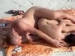 Voyeur films sex on the beach