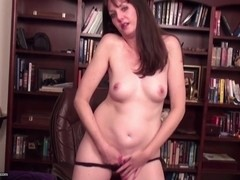 Real mature mom and wife with hungry pussy