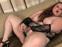 Red head bbw plays with dildo