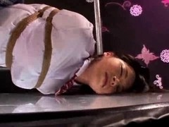 Curvy Japanese schoolgirl gets tied and fingered
