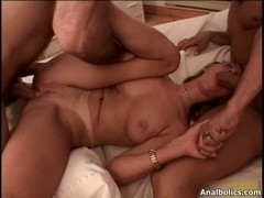 Lustful golden-haired bitch rides an hard 10-Pounder