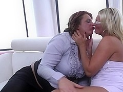 Mature booty mothers lick and fuck each other