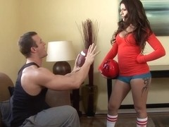 Jynx Maze in Hand Egg Or Foot Ball