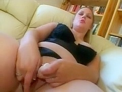 Chubby Plumper GF loves masturbation and sucking cock