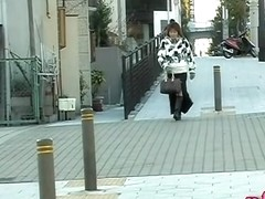 Fanciful oriental woman gets completely stunned during street sharking