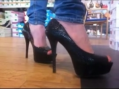 Hight heels shopping 3