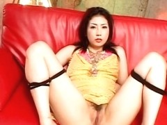 Hatsumi Kudo gets vibrators on and in pussy
