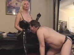 strapon-seduction with blonde girl