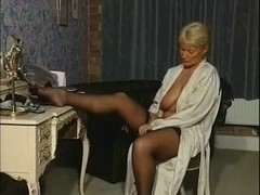 mother I'd like to fuck - Alexis Capaldi Boudoir Pamper