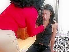 Ebony lesbian with wet cunt does a very hot cunnilingus