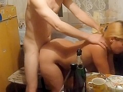 Homemade porn in the kitchen