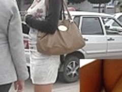 Talkative beauty quickly flashes upskirt