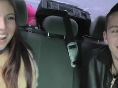 Anne in cute chick gives a very nice blowjob in the car