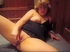 Chubby mature slut in nig