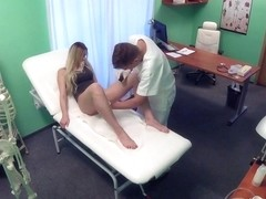 Sexual Surprise in Patient's Pussy - FakeHospital
