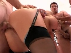 Nikki Sexx is thrice fucked and damped