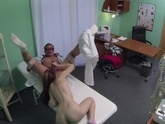 FakeHospital Petite emo chick makes doctor blow quick