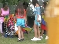 Sexy booty shorts video of a busty chick enjoying a festival