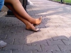 flats dangling and double shoeplay 43