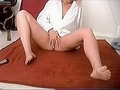 wife intense orgasms while masturbating