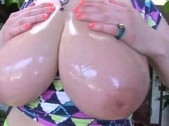 Young teaser Sini performs big tits and ass show